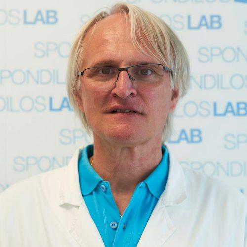 Dr. Roberto Carniel